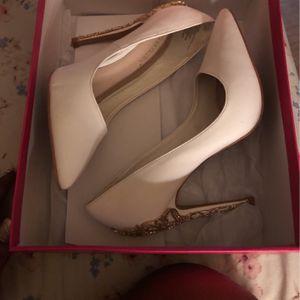 Woman's High Heel (shoe dazzle ) for Sale in Concord, VA