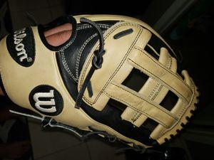 Wilson A2k 12.75inch Baseball Softball Glove for Sale in Newport Coast, CA