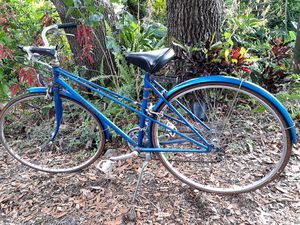 classy vintage 1982 to 1984 Made in Japan Suteki 'Track 10' mixte. for Sale in Tampa, FL