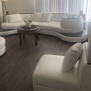 4pc White Couch With Dark Wood Built In End Tables for Sale in Los Angeles, CA
