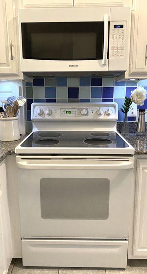 4 piece White Kitchen Appliances for Sale in Boston, MA