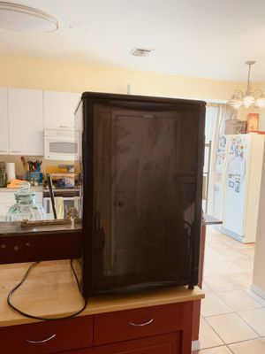 Mini Fridge Perfect condition for Sale in Pembroke Pines, FL