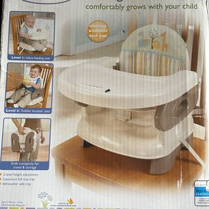 Summer Folding Booster Seat for Sale in Ontario, CA