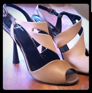 Pierre Hardy Leather Camel Heels Sz9 NIB for Sale in Leavenworth, WA