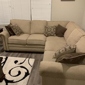 Barely used sectional for Sale in Hillsboro, OR