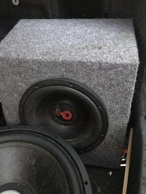 "Bass speakers 2 15"" and 1 speaker 10"" box for Sale in Philadelphia, PA"