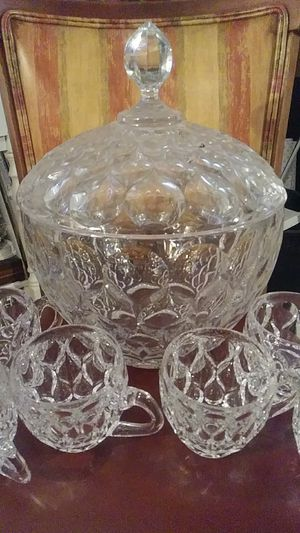 Crystal Punch bowl set of 6 for Sale in Winter Haven, FL