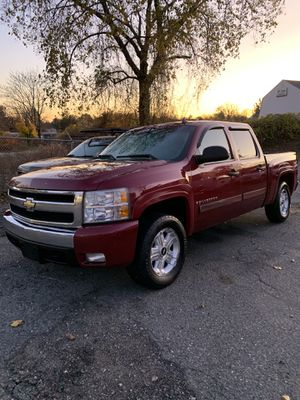 07 Chevy Silverado 1500 LT for Sale in Milford, MA