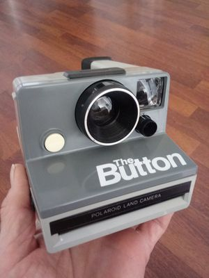 """Polaroid """"The Button"""" Land Camera Instamatic FILM-TESTED for Sale in Chino, CA"""