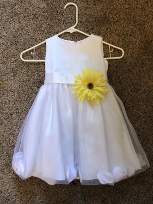 Size 2 toddler flower girl dress for Sale in Buckley, WA