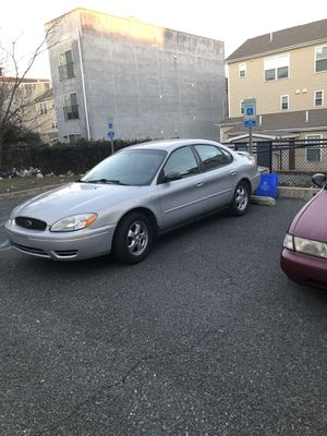2004 Ford Taurus New Breaks New O2 Sensor 4 New Tires No Check Engine Light for Sale in Philadelphia, PA