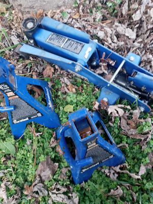 2 and a quarter ton jack and stands for Sale in Hampton, VA