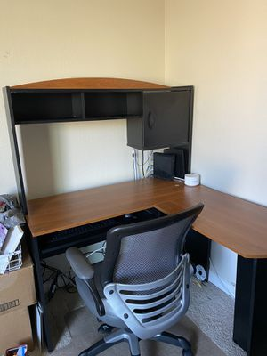 Office desk for Sale in Moreno Valley, CA