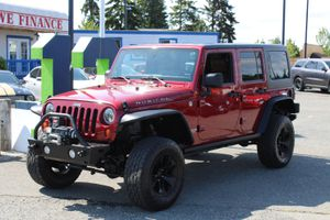 2011 Jeep Wrangler Unlimited for Sale in Everett, WA