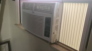 Haier Window AC for Sale in San Diego, CA