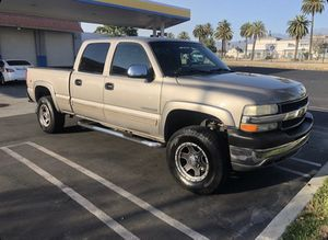 2002 Chevy Silverado 2500 HD for Sale in Hemet, CA