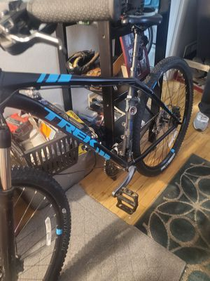 Trek 19.5 mountain bike xcaliber series29 for Sale in Salt Lake City, UT