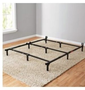 Queen size metal bed frame for Sale in Baton Rouge, LA