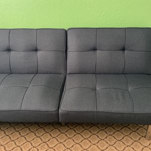 Grey Cushioned Futon for Sale in Fremont, CA