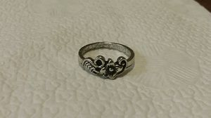 Vintage Sterling Silver Flower Ring. for Sale in Providence, RI
