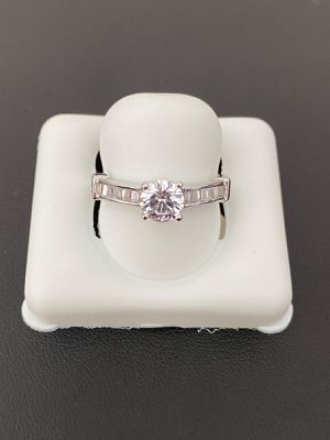925 sterling silver icy ring for women for Sale in Los Angeles, CA