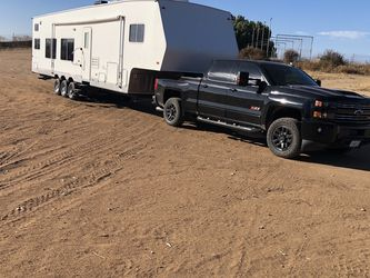 2006 Thor Toy Hauler 38' for Sale in Menifee,  CA