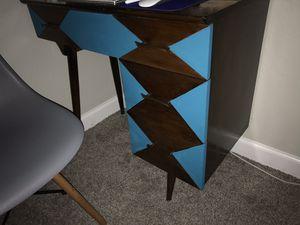 Small desk antique! for Sale in Las Vegas, NV