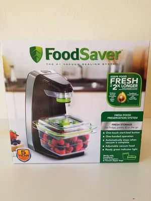Food Saver sealing unit Premium Storage System with Containers New for Sale in Colton, CA