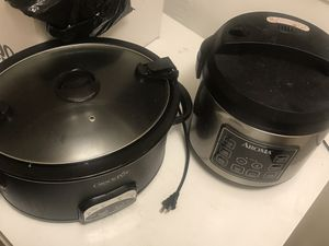 Crock pot and rice cooker / steamer for Sale in Yeadon, PA