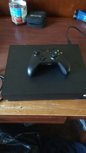 Xbox one X 1787 wit Controller for Sale in Federal Way, WA