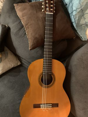 Yamaha CG-101 Classical Acoustic Guitar for Sale in Lakewood, CA