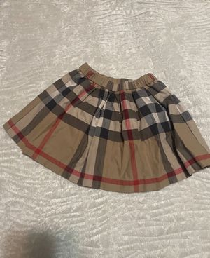 Burberry size 3 skirt for Sale in Rockville Centre, NY