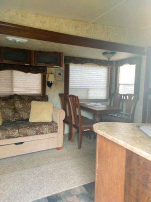 2010 Coachman Chapparal Lite 5th Wheel for Sale in Nolanville, TX