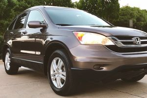 HONDA CRV 2010 SILVER COLOR LRATHER SEATS HEAT SYSTEM for Sale in Columbus, OH
