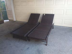 Outdoor patio chaise lounge chairs for Sale in Simi Valley, CA