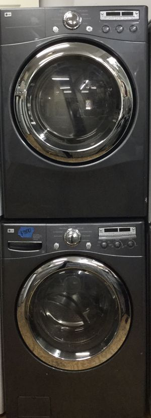 LG washer and a dryer for Sale in Chicago, IL