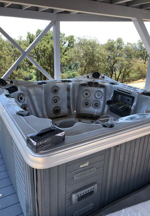Hot tub for Sale in Auburn, CA