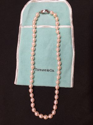 Tiffany & Co. Cultured Pearl Necklace PRISTINE!! for Sale in Redmond, WA