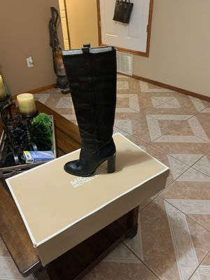 Michael Kors Boots for Sale in Socorro, TX