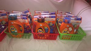 Tide bundle $25 (1 liquid / 5 pods) for Sale in Hartford, CT
