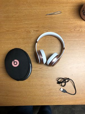 rose gold wireless beats for Sale in San Diego, CA