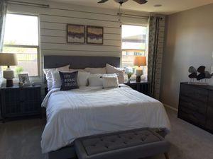 King bedroom set for Sale in Laveen Village, AZ
