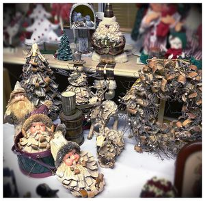 Rustic Santa Collection for Sale in West Palm Beach, FL