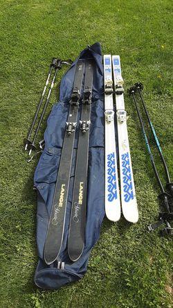 2 pares de skis para nieve for Sale in Yakima,  WA