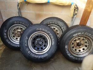 Truck rims with center caps complete set for Sale in West Covina, CA