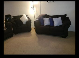 Living Couch Set for Sale in Richmond Heights,  OH
