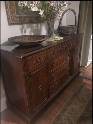 Dining Buffet table for Sale in Chicago, IL