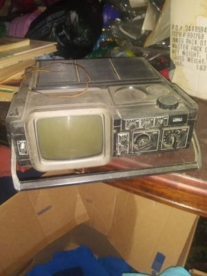 Old ass tv thing for Sale in Battle Creek, MI