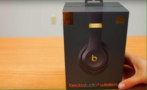 Beats wireless headphones premium for Sale in New York, NY