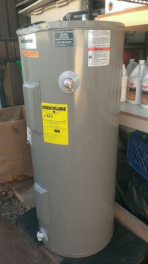 WATER HEATER 40 GALLON ELECTRIC *NEW* for Sale in Paradise Valley, AZ